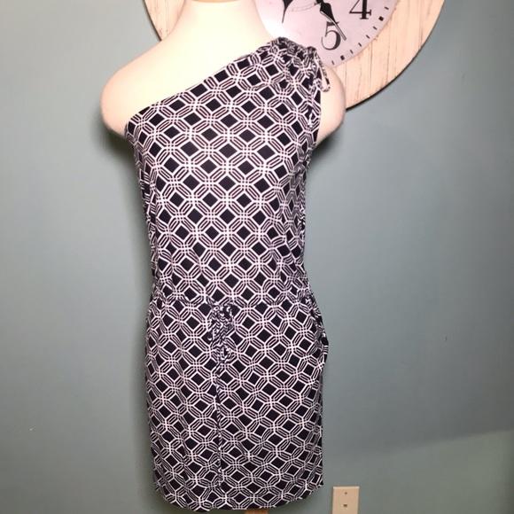 Banana Republic Dresses & Skirts - Banana Republic single sleeve jersey knit dress S